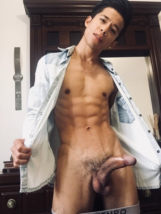 Yes please! I love getting pounded by a curved dick.